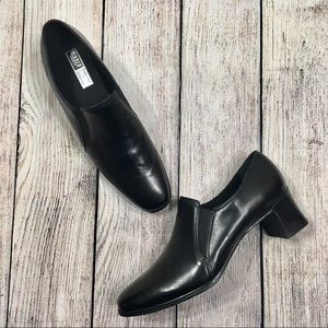 Munro Black Leather Ankle Boots Shock Absorbing